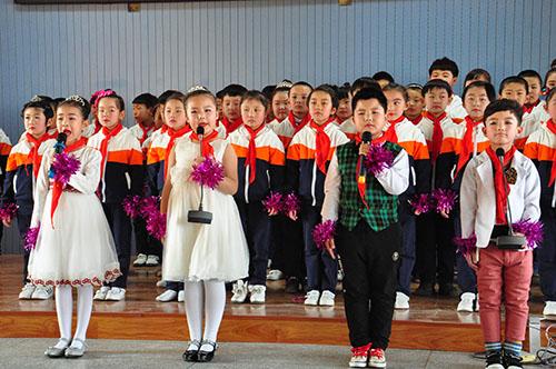 小学生拼音报社晨诵实验校:3000余名师生在经典诵读声中迎接春天